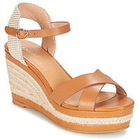 Chaussures Femme Sandales et Nu-pieds André SAND Camel