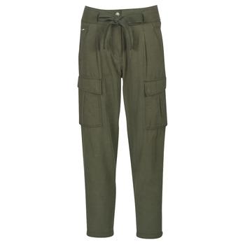 Vêtements Femme Pantalons 5 poches G-Star Raw CHISEL BF PANT WMN Kaki