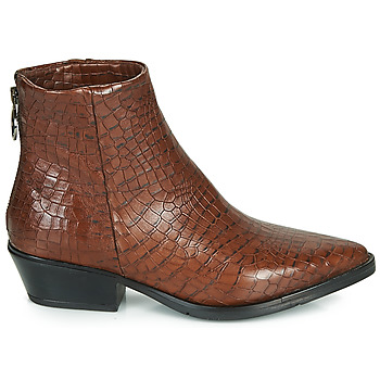 Boots Mjus calamity