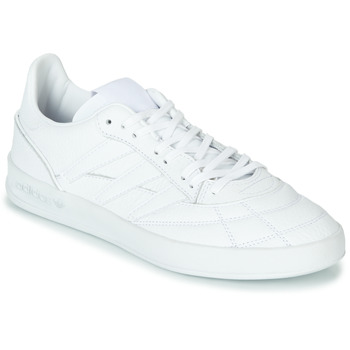 Chaussures Homme Baskets basses adidas Originals SOBAKOV P94 Blanc