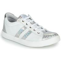 Chaussures Fille Baskets basses GBB MAPLUE Blanc / Argenté