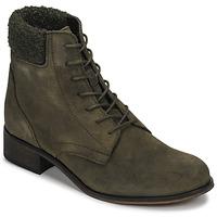 Chaussures Femme Boots André GODILLETTE Kaki