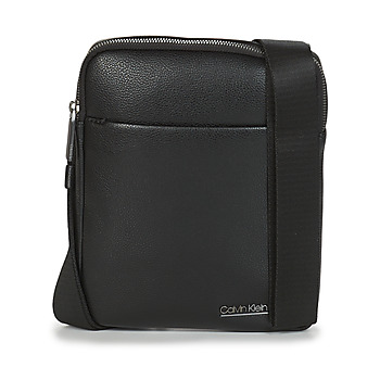 Sacs Homme Pochettes / Sacoches Calvin Klein Jeans CK BOMBE' FLAT CROSSOVER Noir