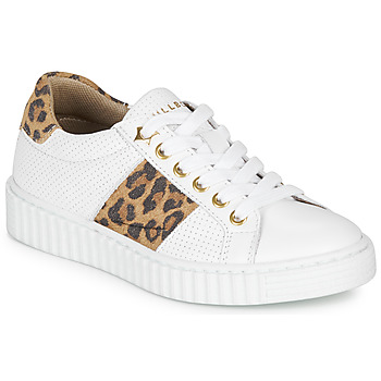 Chaussures Fille Baskets basses Bullboxer LORIS Blanc / Leopard