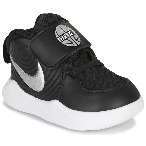 chaussure d enfants nike