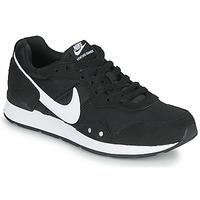 Chaussures Femme Baskets basses Nike VENTURE RUNNER Noir / Blanc