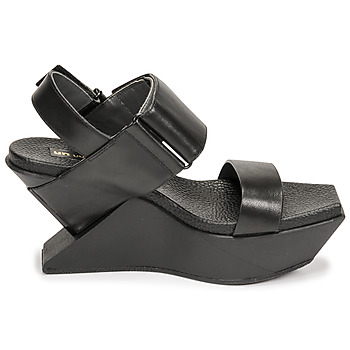 Sandales United nude DELTA WEDGE