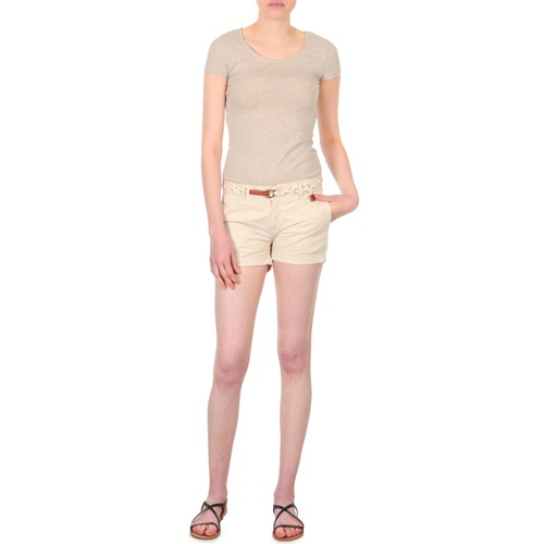 Vêtements Femme Shorts / Bermudas Franklin & Marshall MACQUARIE Beige