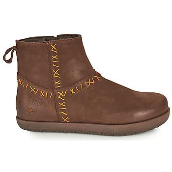 Boots Art RHODES