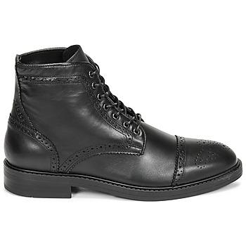 Boots Selected BROGUE