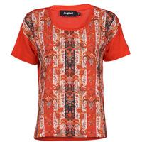 Vêtements Femme T-shirts manches courtes Desigual LOMBOK Multicolore