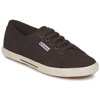Baskets basses Superga 2950