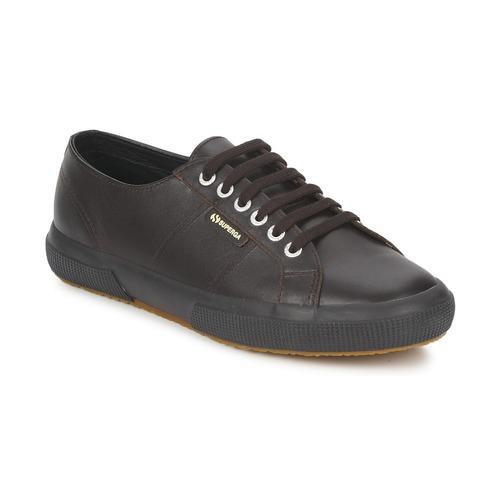 Chaussures Baskets basses Superga 2750 Chocolat
