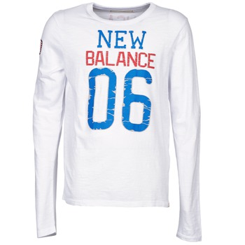 Vêtements Homme T-shirts manches longues New Balance NBSS1404 GRAPHIC LONG SLEEVE TEE Blanc
