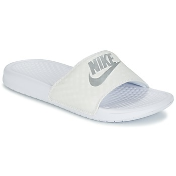 Chaussures Femme Baskets basses Nike BENASSI JUST DO IT W Blanc / Argent