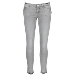 Vêtements Femme Pantacourts Vero Moda FLASH Gris