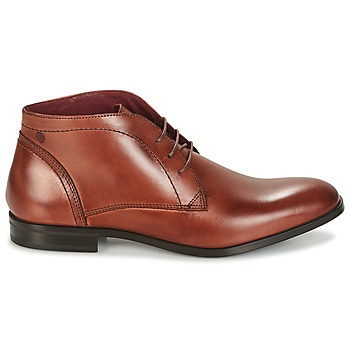 Boots Carlington manny