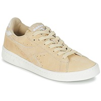 Chaussures Femme Baskets basses Diadora GAME LOW SUEDE Beige