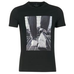 Vêtements Homme T-shirts manches courtes Armani jeans JANADORI Noir