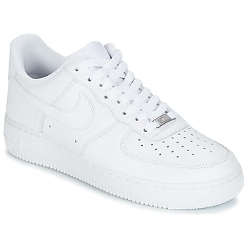 Baskets basses Nike AIR FORCE 1 07