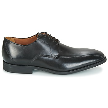 Chaussures Clarks GILMAN MODE. Chaussures Clarks  GILMAN MODE  Noir.