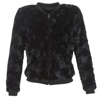 Vêtements Femme Vestes / Blazers Vero Moda EVA Noir