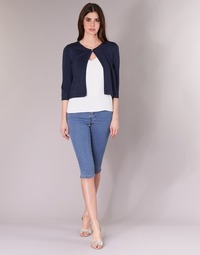 Vêtements Femme Pantacourts Vero Moda VMHOTSEVEN bleu