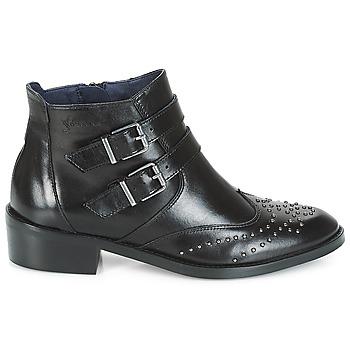 Boots Dorking CELINE