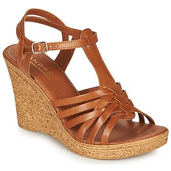 Chaussures Femme Sandales et Nu-pieds André FABULEUSE Camel