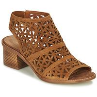 Chaussures Femme Sandales et Nu-pieds André CARIOCA Camel